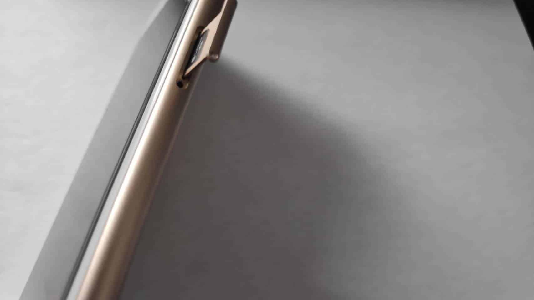iPhoneのSIMカード入れ替え完了