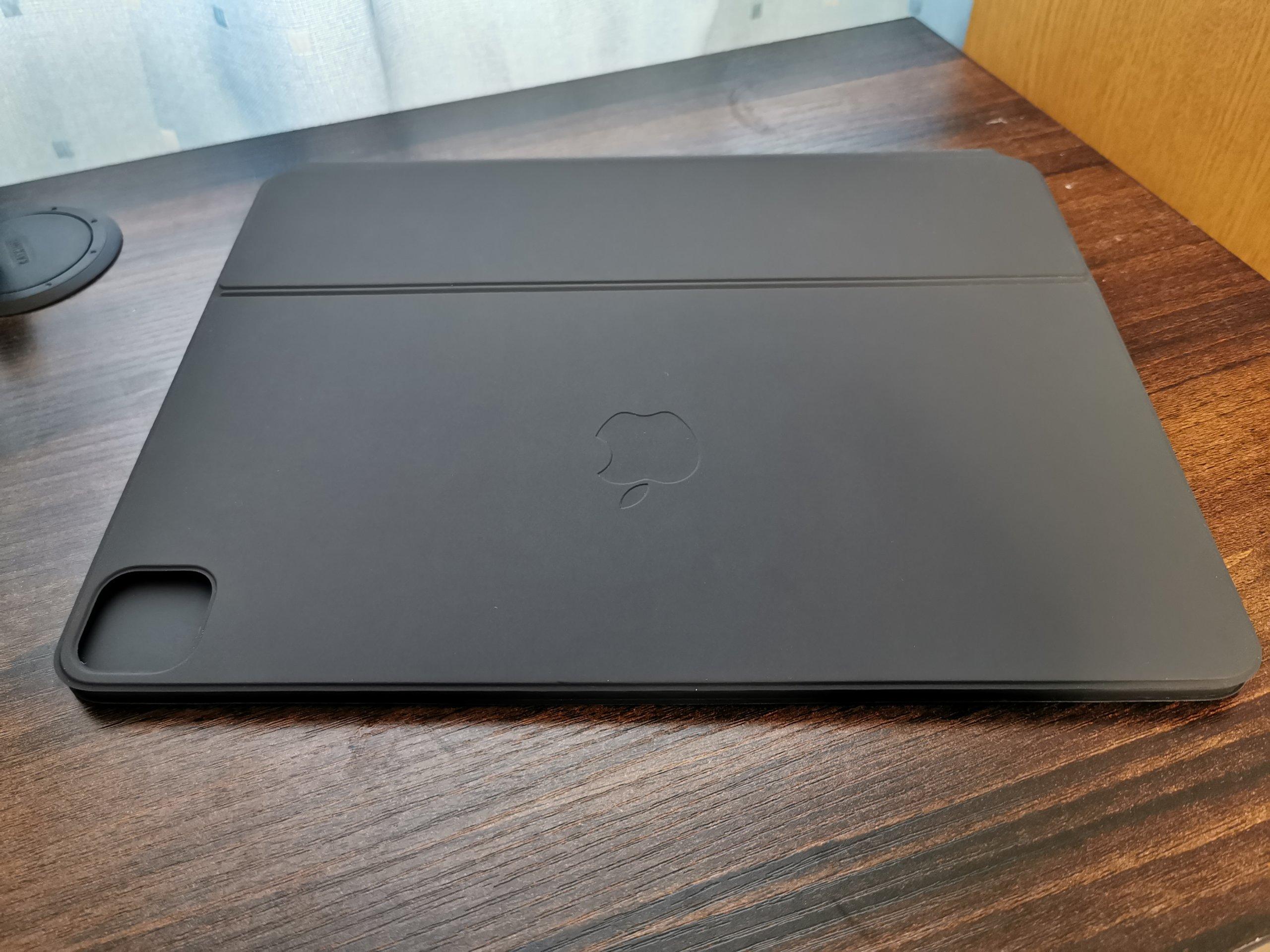 iPad Pro用Magic Keyboardの折りたたんだ状態