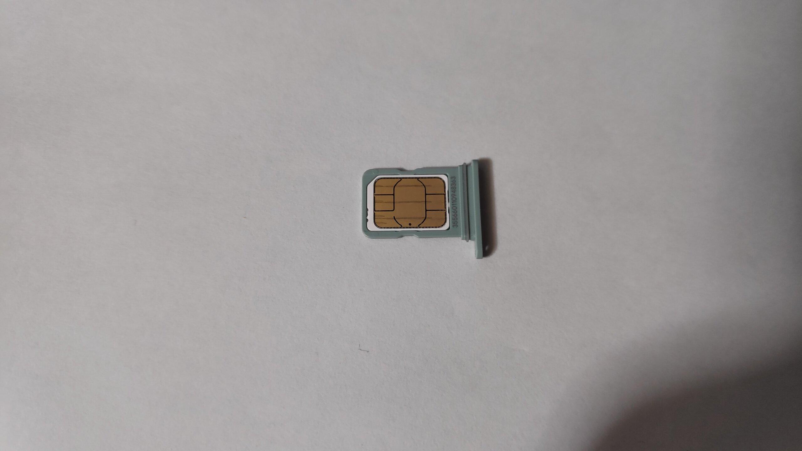 ピクセル5にSIMカード